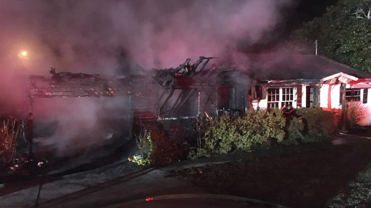 Fire destroys vacant home in Gwinnett County
