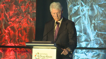 Bill Clinton on opioid crisis: We should 'squeeze it until it's gone'