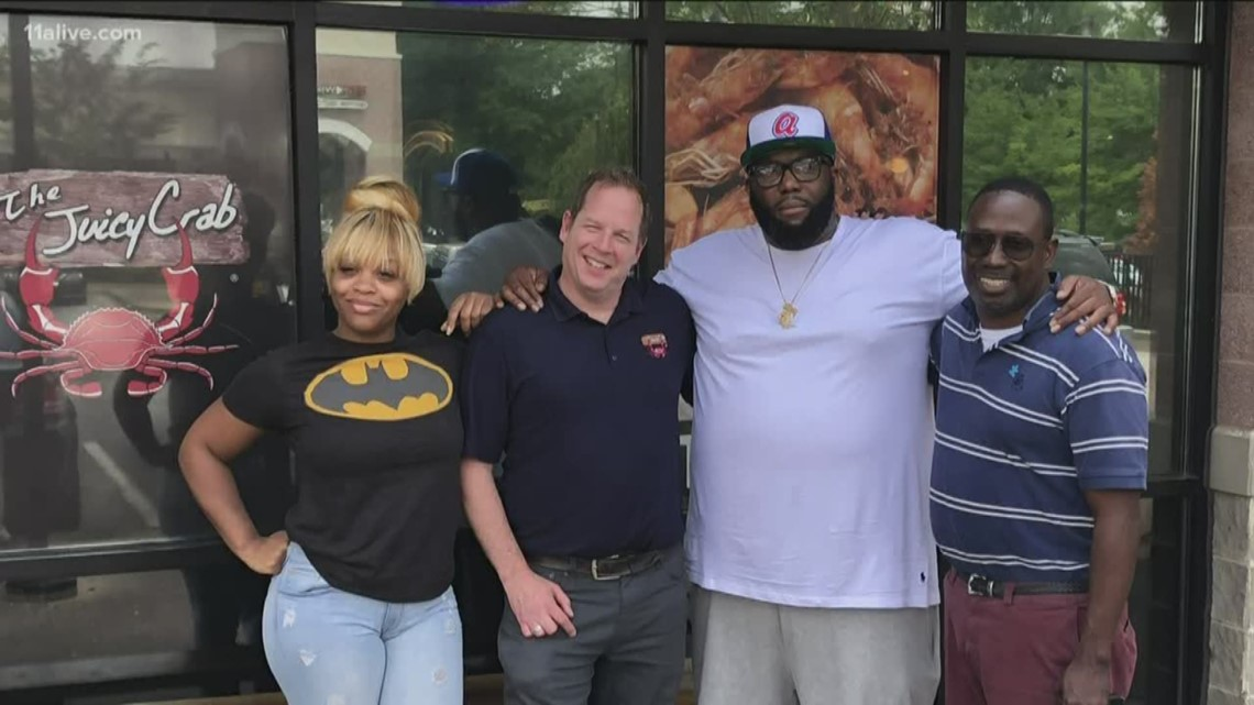Killer Mike, The Juicy Crab come to resolution after complaint of roach on table