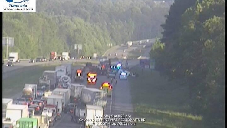 Two killed, one hurt in wreck on northbound I-75 in Bartow County