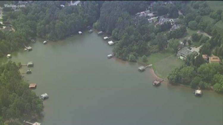 Searchers recover body of fisherman in Lake Lanier | 11alive com