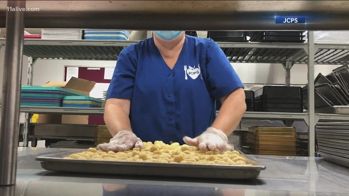 Fulton County dealing with cafeteria worker shortage