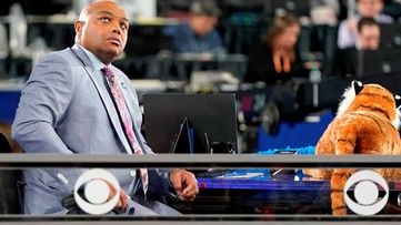 Charles Barkley's message for injured Auburn gymnast: 'We love you. We're proud of you. War Eagle.'