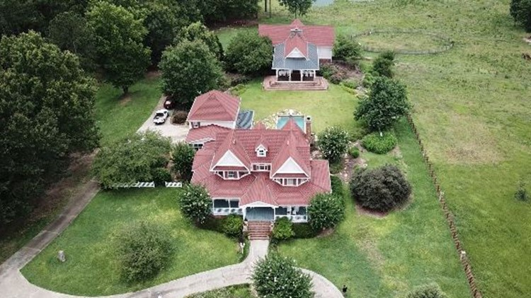 Diane and Tex McIver's estate up for sale this weekend | Here is how you can get a piece of it