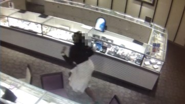 WATCH: Jewelry store clerk escapes armed robber who fires weapon while fleeing police