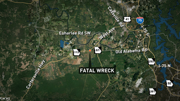 GSP Troopers looking for witness to fatal wreck in Cartersville