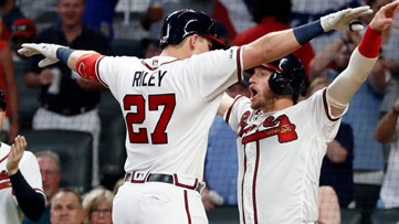 Donaldson leads HR parade as Braves beat Pivetta, Phillies