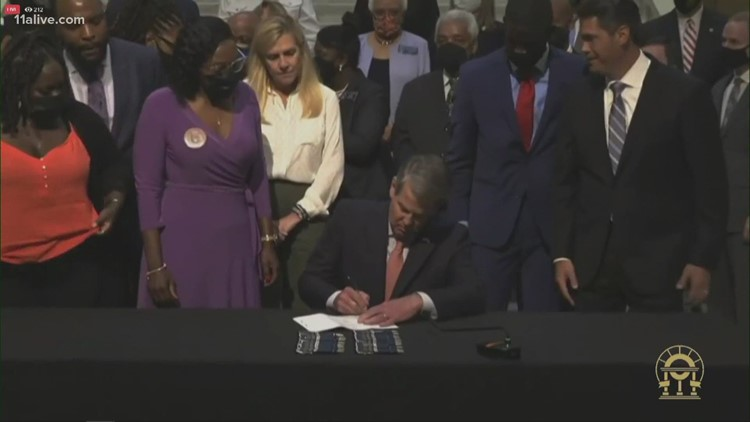 Gov. Kemp signs repeal of Georgia's Civil War-era citizen's arrest law