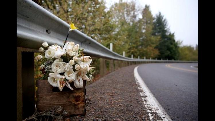 meighan cordie flowers statesman reed_1539021759741.jpg-60976.jpg