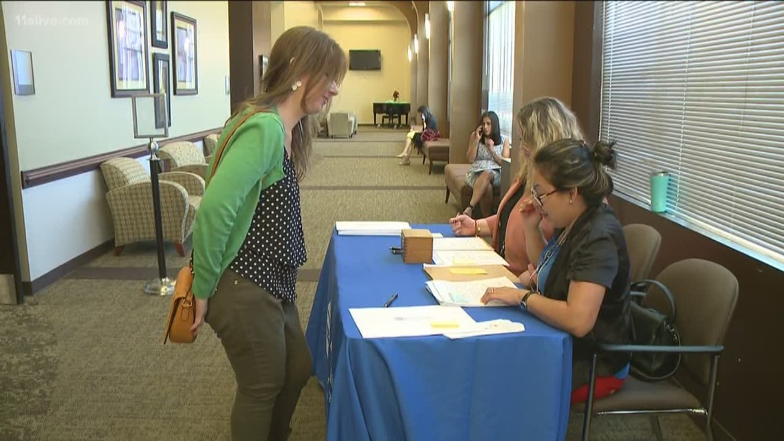 47 people become U S  citizens after Naturalization ceremony