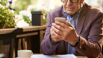 Beware: Scammers target seniors during Medicare enrollment