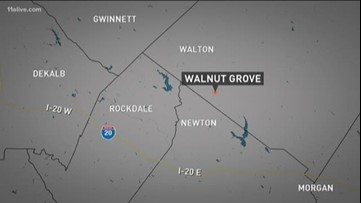 Walton County school on lockdown after driver with warrants wrecks up the road