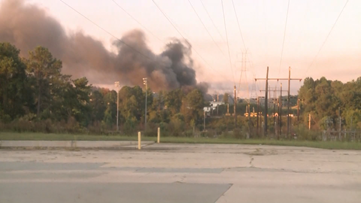 Investigators looking for cause of massive warehouse fire on Riverview Ind. Blvd. in Cobb County