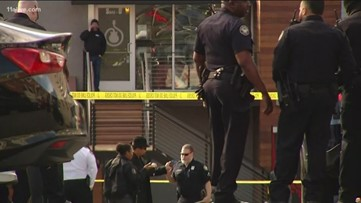 Atlanta fire captain shot by robbers in Buckhead