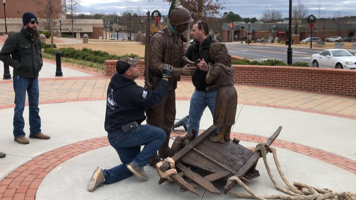 New veterans memorial installed in downtown Cumming