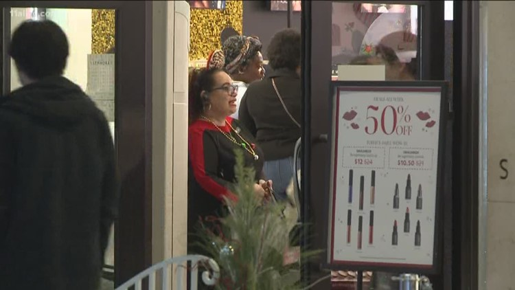 Lenox Square Open For Black Friday Shoppers 11alivecom