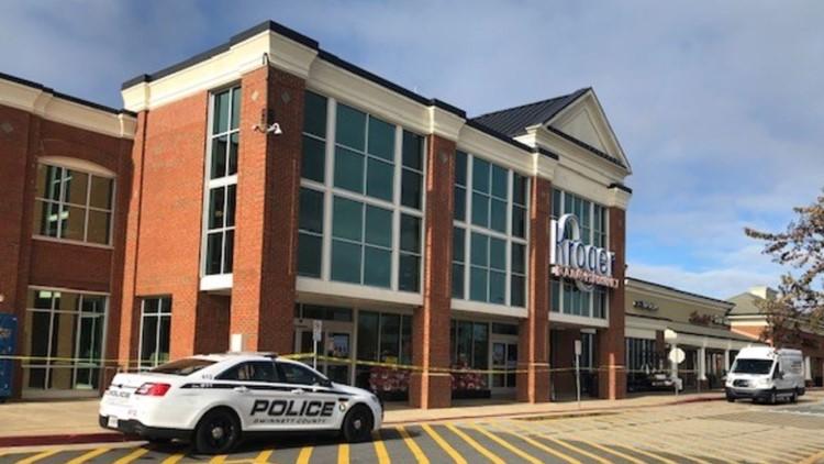 Person stabbed inside Gwinnett Co. Kroger