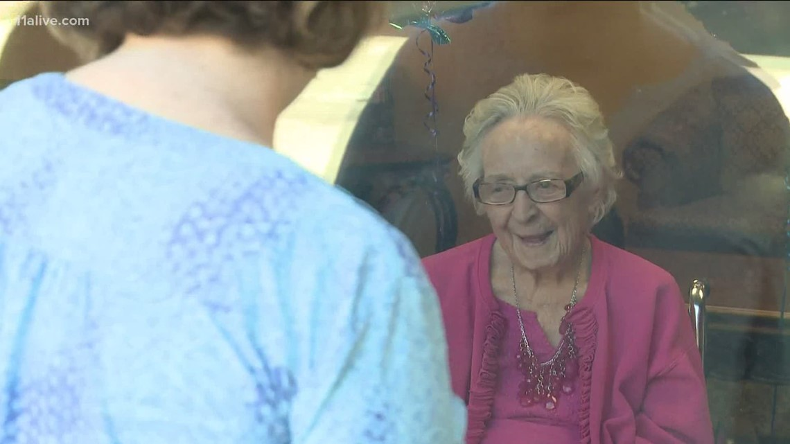 Woman turns 100 after beating COVID-19 and pneumonia