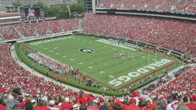 How much are tickets for the Georgia Bulldogs and Notre Dame game?