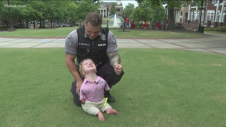 Duluth police officer mentors 6-year-old who wants to be a cop