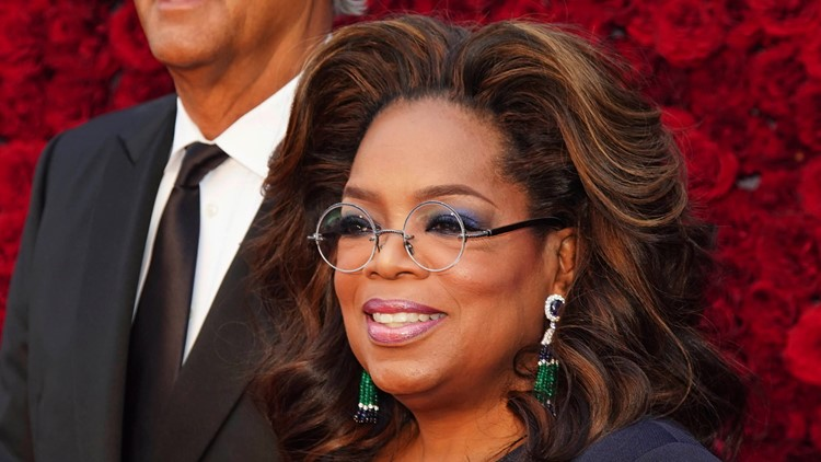 Oprah stops by Atlanta's Busy Bee Cafe for lunch