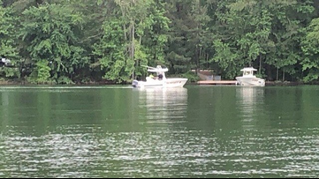 1 recovered from Lake Lanier after boat crash, another still missing