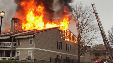 Roswell apartment fire damages 20 units