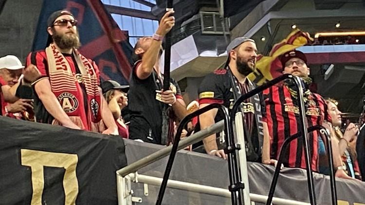 Atlanta United fans return to Mercedes Benz Stadium at full capacity