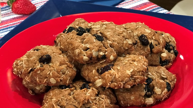 Coconut Berry Oatmeal Cookies