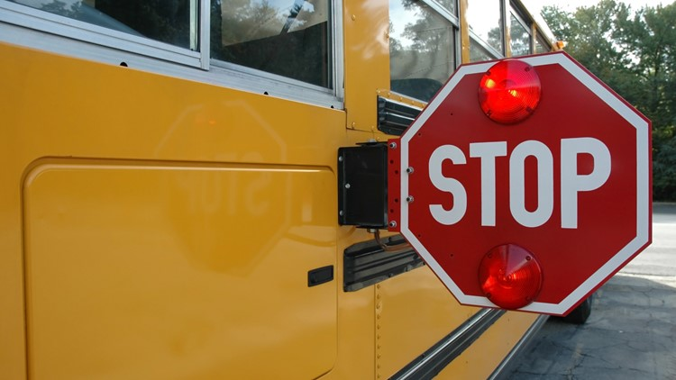 Fulton, Gwinnett school systems to hold bus driver hiring events