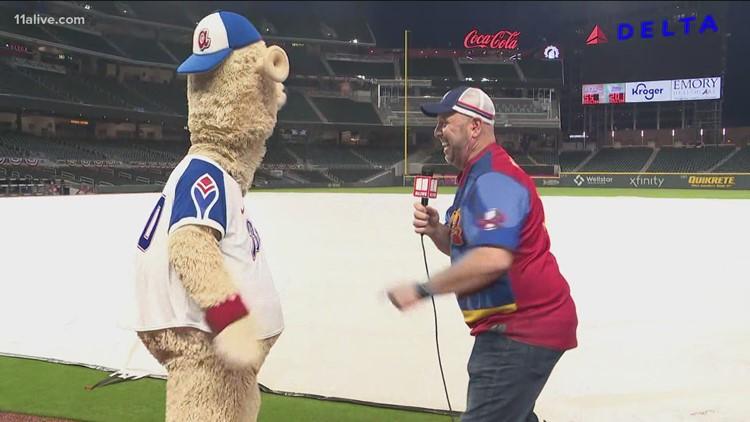Atlanta Braves' Blooper and Crash Clark cheer