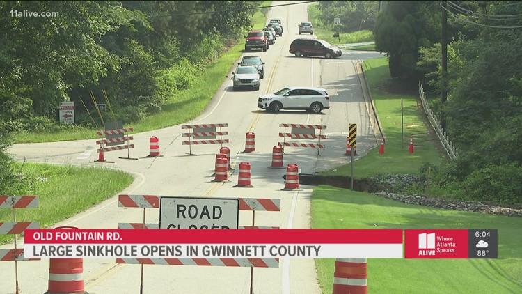 Large sinkhole opens in Gwinnett County