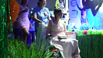 Children's Healthcare of Atlanta patients get primped for prom