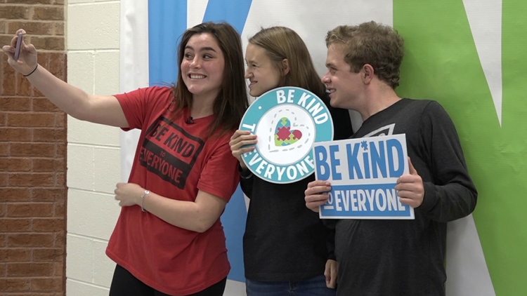 Student with autism starts 'Be Kind to Everyone' campaign with a new twist