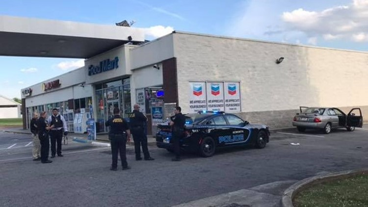 Person shot at Acworth gas station | 11alive com