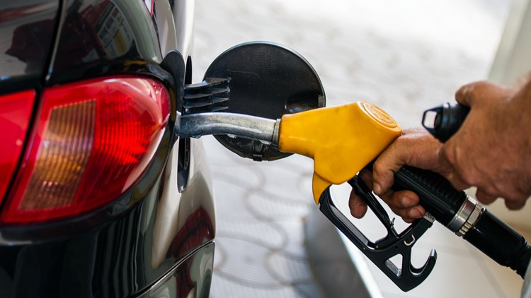 Tips for saving money at the gas pump