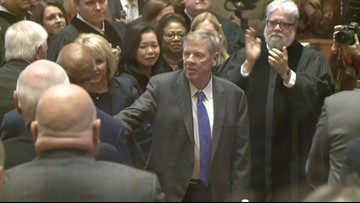Gov. Kemp salutes Johnny Isakson during State of the State address