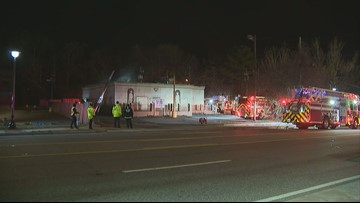 Fire at ex-strip club shuts down Roswell Road