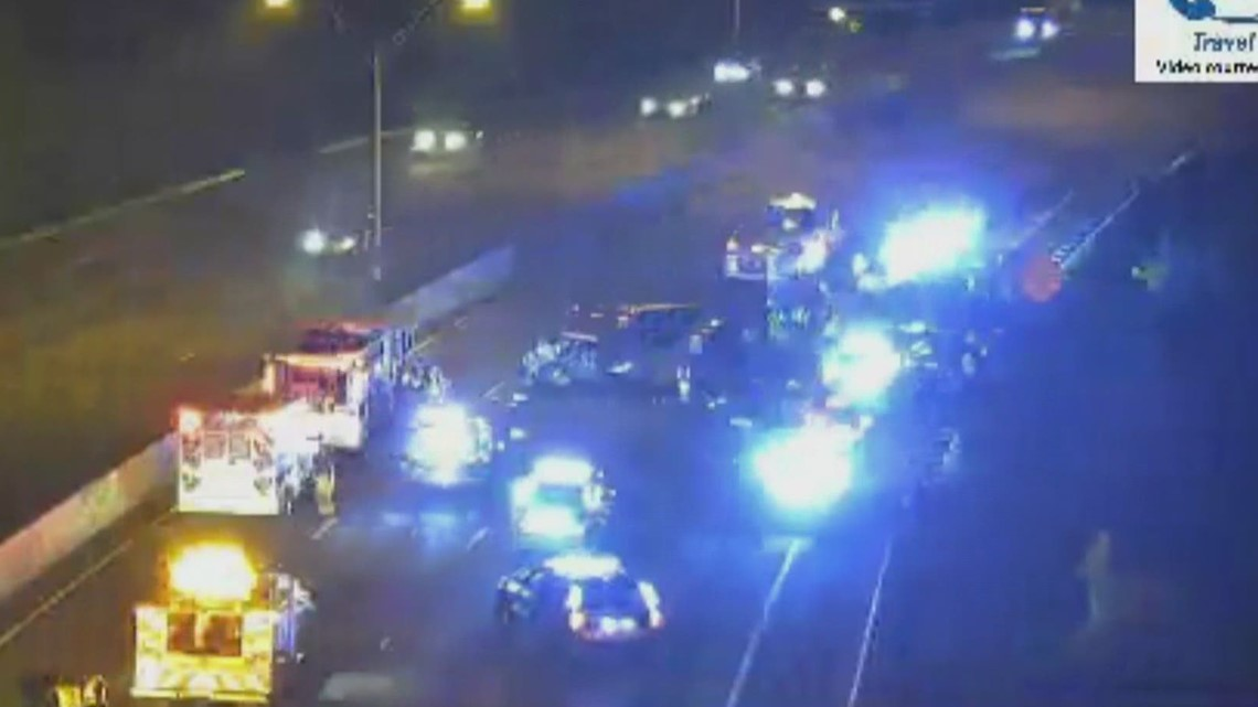 Officer hit by car on I-20 East while trying to help stranded driver, APD says