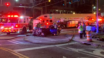 Head-on collision in downtown Atlanta leaves two hurt