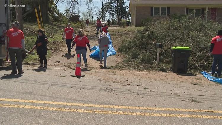 Volunteers come together to help clean up, rebuild after Newnan tornado