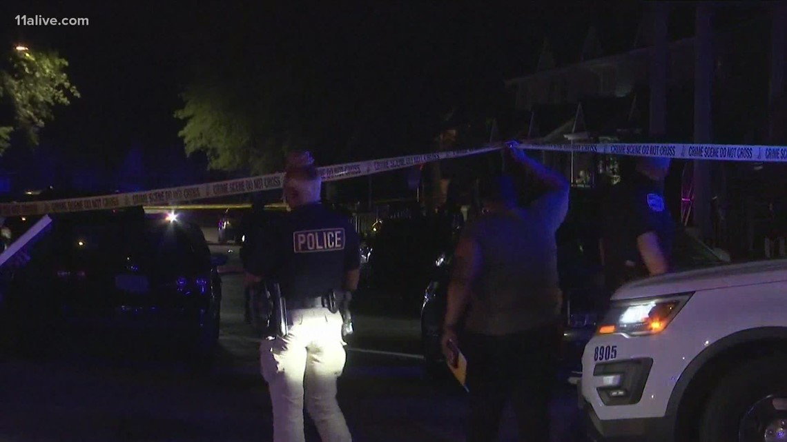 Police: 1 killed and multiple others wounded in Savannah shooting