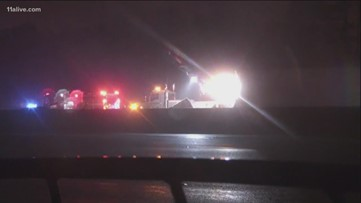 I-85 South in Gwinnett Co. closed entirely after wreck kills two people