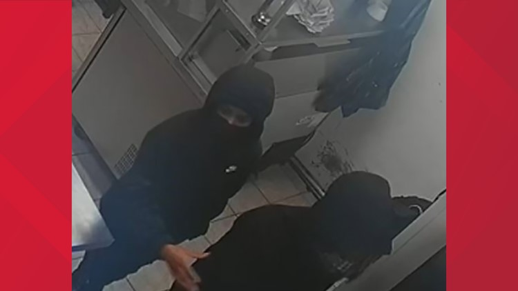 Lawrenceville Police: Group forced restaurant employees to the floor at gunpoint, robbed them