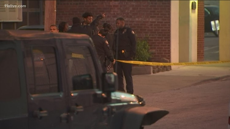 Unconcious man rushed to hospital after shooting in heart of Atlanta