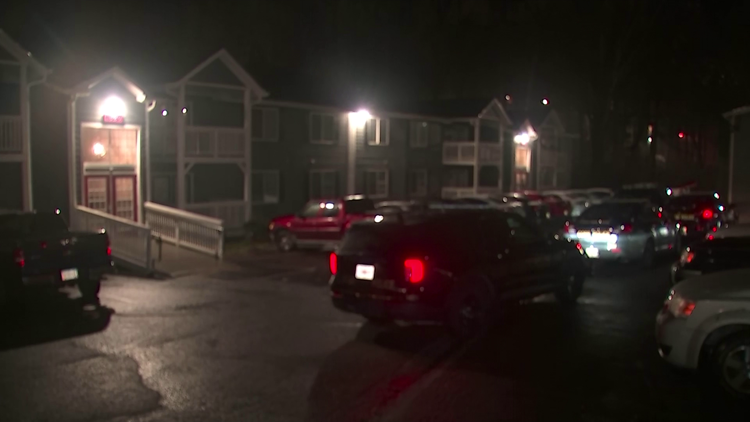 Police: Group of men invaded Marietta apartment, person injured