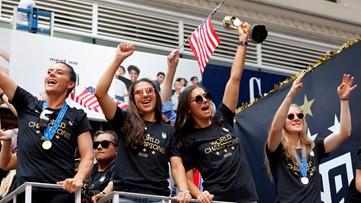 U.S. Women's soccer team runs New York in World Cup parade