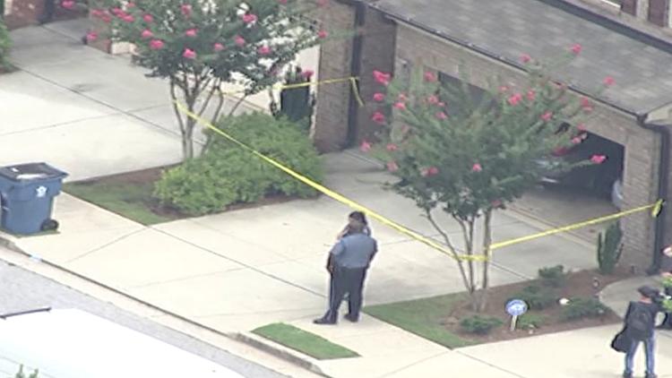 2 dead in likely murder-suicide, Gwinnett police say