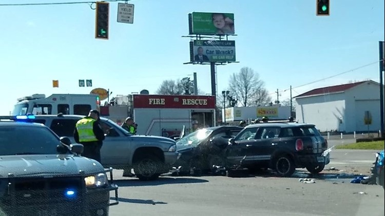 One dead in wreck stemming from police chase in Adairsville