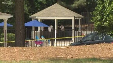 Mysterious death of woman found by Roswell pool